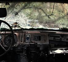 15.9.2011: Abandoned Scania Truck by Petri Volanen