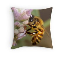 """Bee"" Throw Pillow"