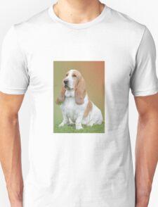 A Beautiful Basset Hound Unisex T-Shirt