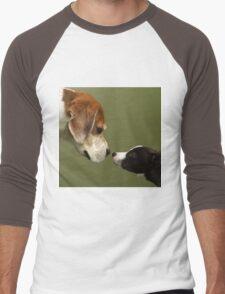 Nose To Nose Dogs 2 Men's Baseball ¾ T-Shirt