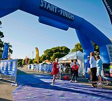 Kingscliff Triathlon 2011 Finish line B5909 by Gavin Lardner