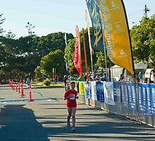 Kingscliff Triathlon 2011 Finish line B5958 by Gavin Lardner