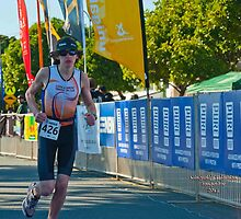 Kingscliff Triathlon 2011 Finish line B5996 by Gavin Lardner