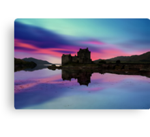 Twilight over Eilean Donan Castle Canvas Print