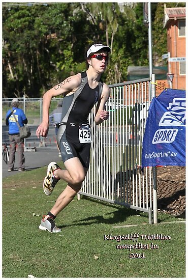 Kingscliff Triathlon 2011 Run leg P218 by Gavin Lardner