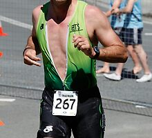Kingscliff Triathlon 2011 Run leg C0108 by Gavin Lardner