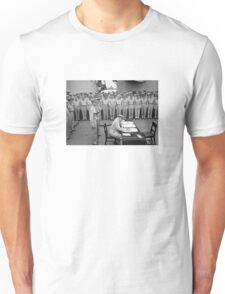 General MacArthur Signing The Japanese Surrender Unisex T-Shirt