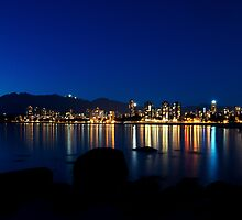 Vancouver by night by Thomas Plessis