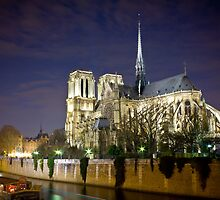 Notre Dame, by night by Philip Kearney