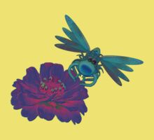 Cute Dragonfly On Pink Zinnia Flower Kids Clothes