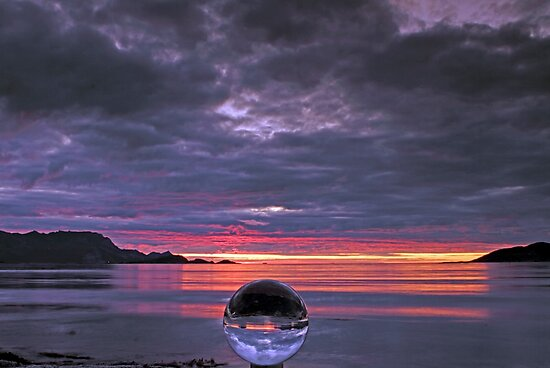 Chrystal Ball by Frank Olsen