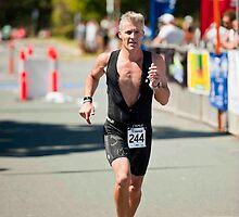 Kingscliff Triathlon 2011 finish line B6401 by Gavin Lardner