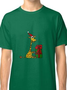 Cool Funny Giraffe Opening Christmas Package Classic T-Shirt