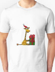 Cool Funny Giraffe Opening Christmas Package Unisex T-Shirt