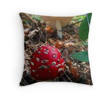 Magic mushroom Throw Pillow