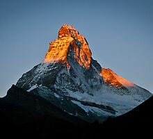 The Matterhorn, sunrise by Philip Kearney