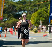 Kingscliff Triathlon 2011 finish line B6485 by Gavin Lardner