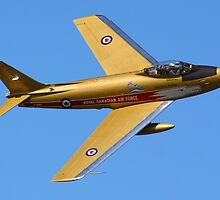 F86 Sabre Jet by rogerlloyd