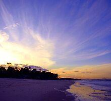 Belongil Streaming Sunset by ByronBay-Spirit