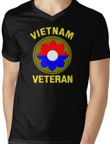 9th Infantry Division (Vietnam Veteran Mens V-Neck T-Shirt