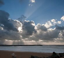 Powerful rays of sunlight during a storm day by shkyo30