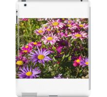 Daisy drama in pinks and purples – 2 iPad Case/Skin
