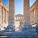 Doric temple in Segesta by mosinski