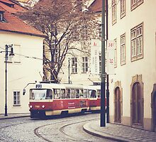 red tram by etoile