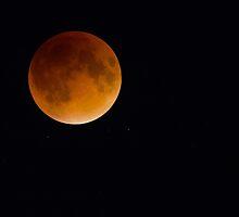 Lunar Eclipse by Rob Lavoie