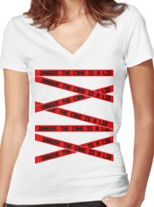 Danger: The Cake is a Lie Women's Fitted V-Neck T-Shirt
