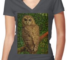 Northern spotted owl Women's Fitted V-Neck T-Shirt