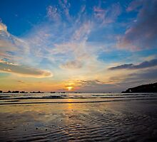 Beach sunset, Vung Tau, Vietnam by namrog477