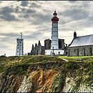 Lighthouse Pointe Saint Matthew by jean-jean