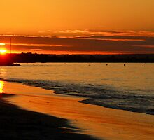 The sun going down at Busselton,  Western Australia. by myraj