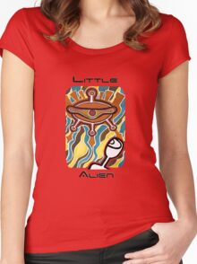 Little alien's spaceship Women's Fitted Scoop T-Shirt
