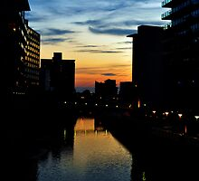Manchester sunset by sunshine8