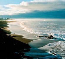 Moonstone Beach, Cambria by sonomacounty