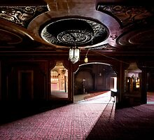 Loews' Kings Theatre- lobby by ward9