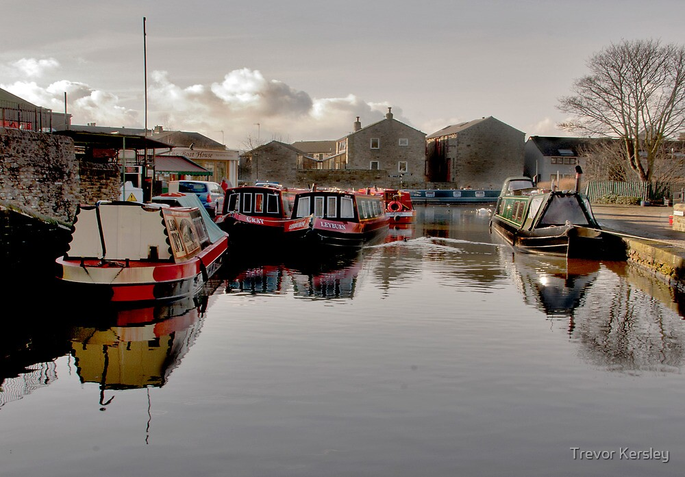 Skipton Canal Basin by Trevor Kersley