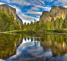 Yosemite Valley by Kimball Chen