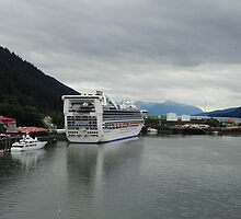 Golden Princess in Juneau by julie08