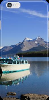 Boat and Maligne Lake by Teresa Zieba