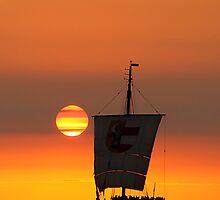 Sunset sailing by smilyjay