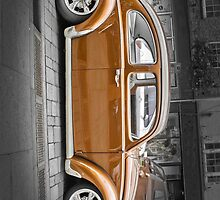 VW Beetle  by Catherine Hamilton-Veal  ©