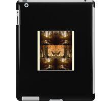 forfulgt iPad Case/Skin