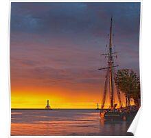 Sunrise on Port Washington harbor Poster