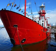 Lightship, Cardiff Bay, Cardiff, Wales by Artberry