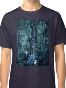 To follow the white rabbit Classic T-Shirt