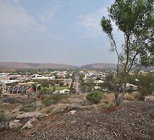 View of Alice Springs from Anzac Hill by sarbi