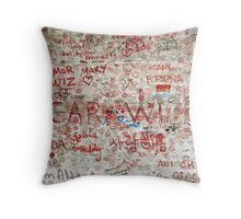 work is the curse of the drinking classes Throw Pillow